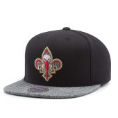 Бейсболка Mitchell & Ness - New Orleans Pelicans Woven TC Snapback