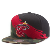 Бейсболка Mitchell & Ness - Miami Heat Camo Paintbrush Snapback