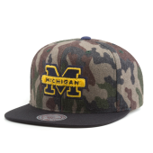Бейсболка Mitchell & Ness - Michigan Wolverines Camo Flannel Snapback