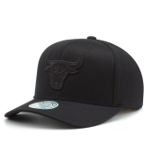 Бейсболка Mitchell & Ness - Chicago Bulls Black On Black 110 Snapback