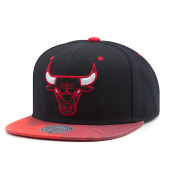 Бейсболка Mitchell & Ness - Chicago Bulls Paintbrush Visor Snapback