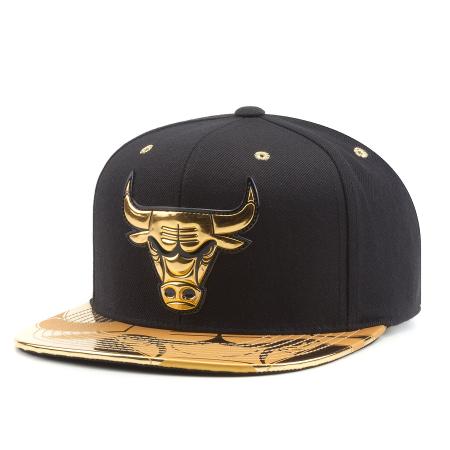b80da254822 Бейсболка Mitchell   Ness Nba Chicago Bulls Gold Standard Snapback ...